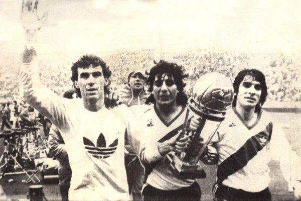 """Roque Alfaro, """"el único entrerriano campeón del mundo con River"""""""